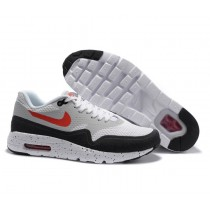 Nike Air Max 1 Ultra Essential Sneaker-Herren