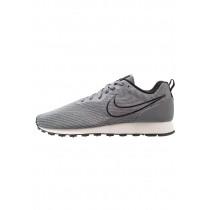 Nike Md Runner 2 Eng Mesh Schuhe Low NIKzdr0-Grau