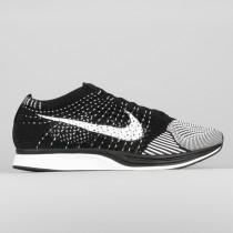 Damen & Herren - Nike Flyknit Racer Schwarz Weiß 2.0