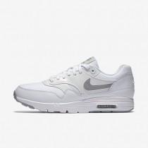 Nike Air Max 1 Ultra Essentials Sneaker - Weiß/Reines Platin/Metallisches Silber/Wolf