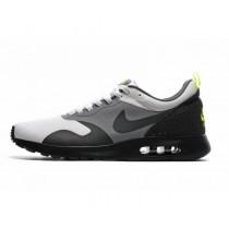 Nike Air Max Tavas Sneaker-Herren