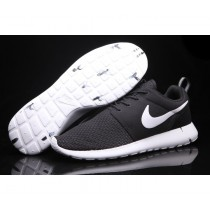 Nike Roshe Run Medium Fitnessschuhe-Unisex