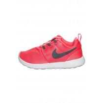 Nike Roshe One Schuhe Low NIKabiv-Schwarz