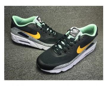 Nike Air Max 90 Ultra Essential Sneaker-Unisex