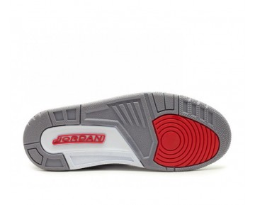 Nike Air Jordan 3 Retro Sneaker-Unisex